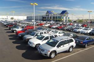 En busca de un carro nuevo o usado? Visite estas agencias de autos que ofrecen sus servcios en Espanol.